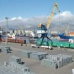 """""""Транснефть"""" прекратила отгрузку из порта Новороссийск из-за плохой погоды"""