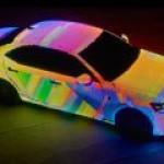 Lexus создал неповторимый психоделический автомобиль