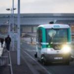 Первые беспилотные электробусы вышли на маршрут в Париже