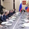 Новак доложил Путину об успехах в сокращении добычи