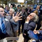 """Рынок нефти валится все ниже, глядя на """"второе пришествие"""" COVID-19"""