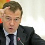 Медведев: импортозамещение – это не сковородки на оборонных предприятиях выпускать