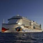 Первый в мире круизный лайнер с СПГ-двигателями вошел в состав флота Carnival