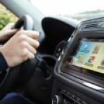 Россияне смогут снабдить свои авто неотключаемым интернетом
