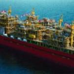 Крупнейший в мире FLNG отправил первый груз добытого газа