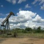 """Нефтедобытчики Югры """"сбавили обороты"""" в ноябре по всем показателям"""