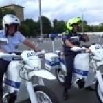 """Российская полиция присматривается к электромотоциклу концерна """"Калашников"""""""