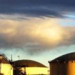 Лед тронулся: трейдеры опустошают одно из крупнейших нефтехранилищ в мире