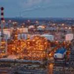 Власти откажут Сбербанку в новых льготах для Антипинского НПЗ