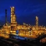 В РФ необъяснимо сократилось производство бензина