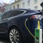 Электрокары смогут  ездить по платным дорогам бесплатно?