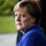 """США """"потрепали по плечу"""" Меркель за решение по СПГ-проекту"""