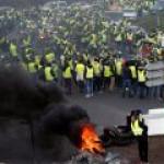 Во Франции «желтые жилеты» блокировали топливохранилища Total