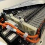 Toyota и Panasonic начнут выпуск сверхъемких аккумуляторов для электромобилей