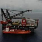 Крупнейший в мире плавучий кран отправляется на первую работу