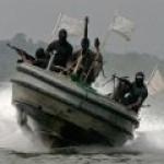 Пираты захватили российско-украинский экипаж танкера