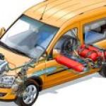 """Египет """"добровольно-принудительно"""" переведет весь транспорт на газ"""