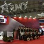 """""""Армия-2020"""": Противодронный робот собьет любой беспилотник"""