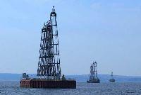 Luk shelf oil neft