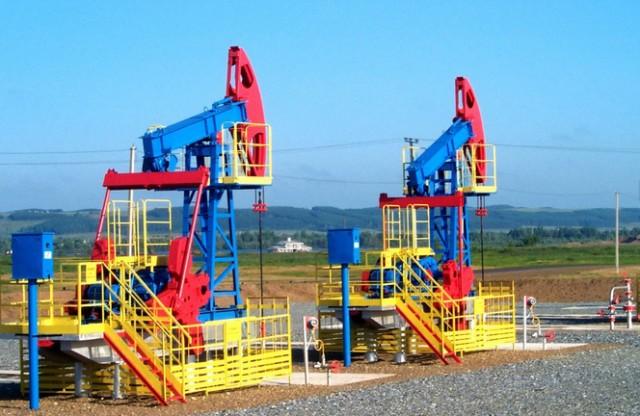 Neft-Oil-Kachalka-Bane-Bashn