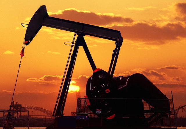 Neft Oil Kachalka Burenie bur