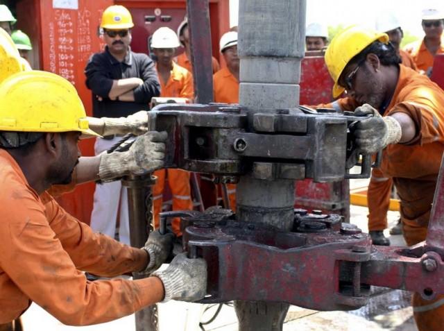 India neft Oil