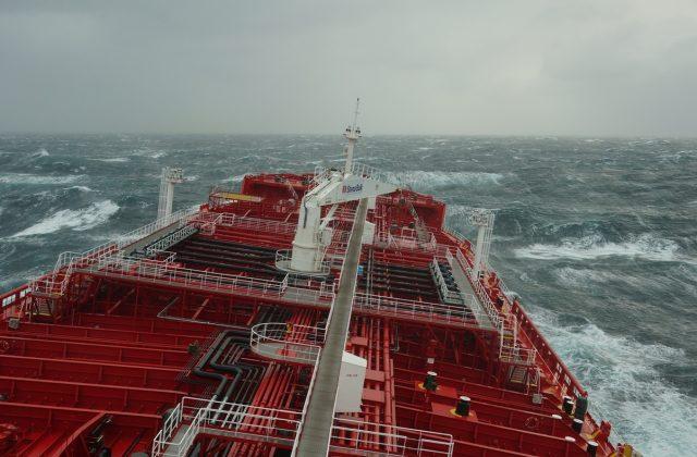 Tanker_storm
