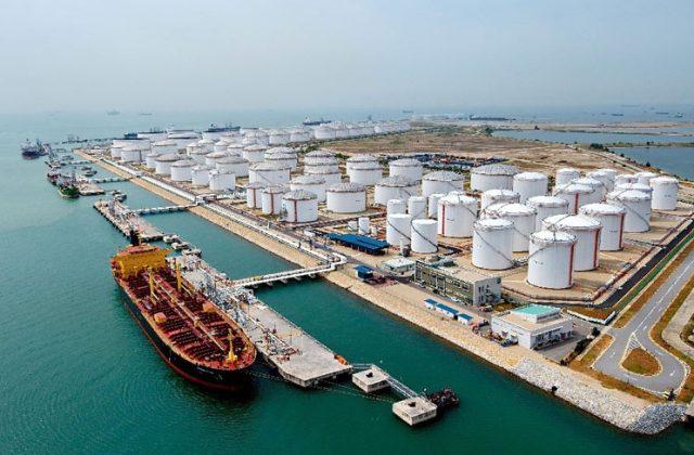 нефтехранилище нефть запасы