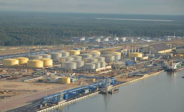 Ust-Luga_oil-terminal
