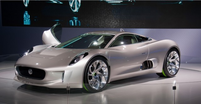 jaguar_c-x75_hibrid_electromobil