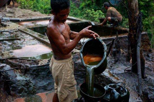 Indonezia_neft