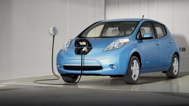 nissan-leaf_electromobil