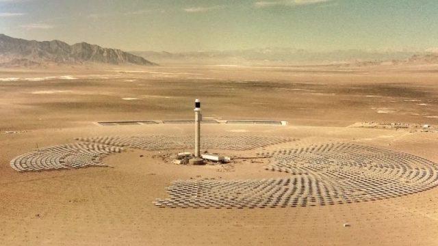 Crescent-Dunes_solar-energy