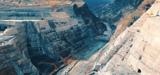Китай ГЭС Байхэтань