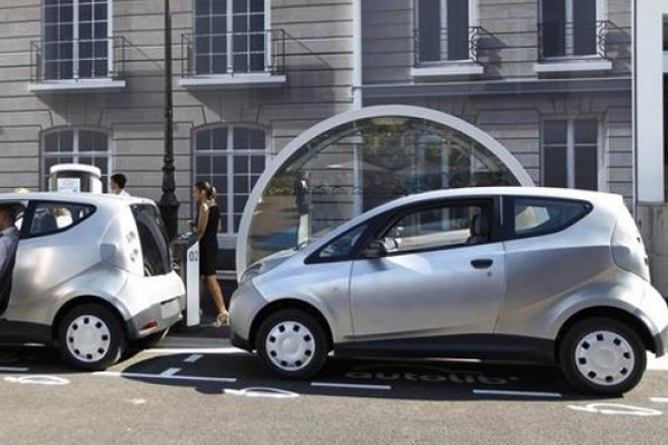 Electromobili