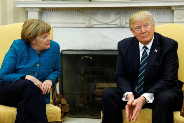 Merkel_Tramp