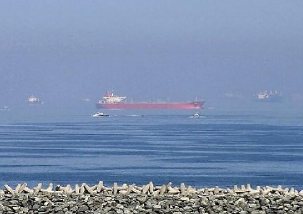 Нефтяники Ормузский пролив