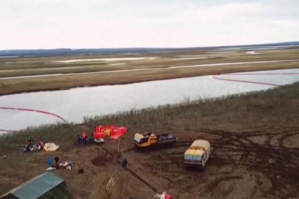 Норильск разлив нефти работы по очистке
