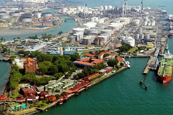 НПЗ Shell в Сингапуре