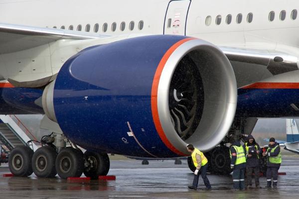 Boeing 777 двигатель